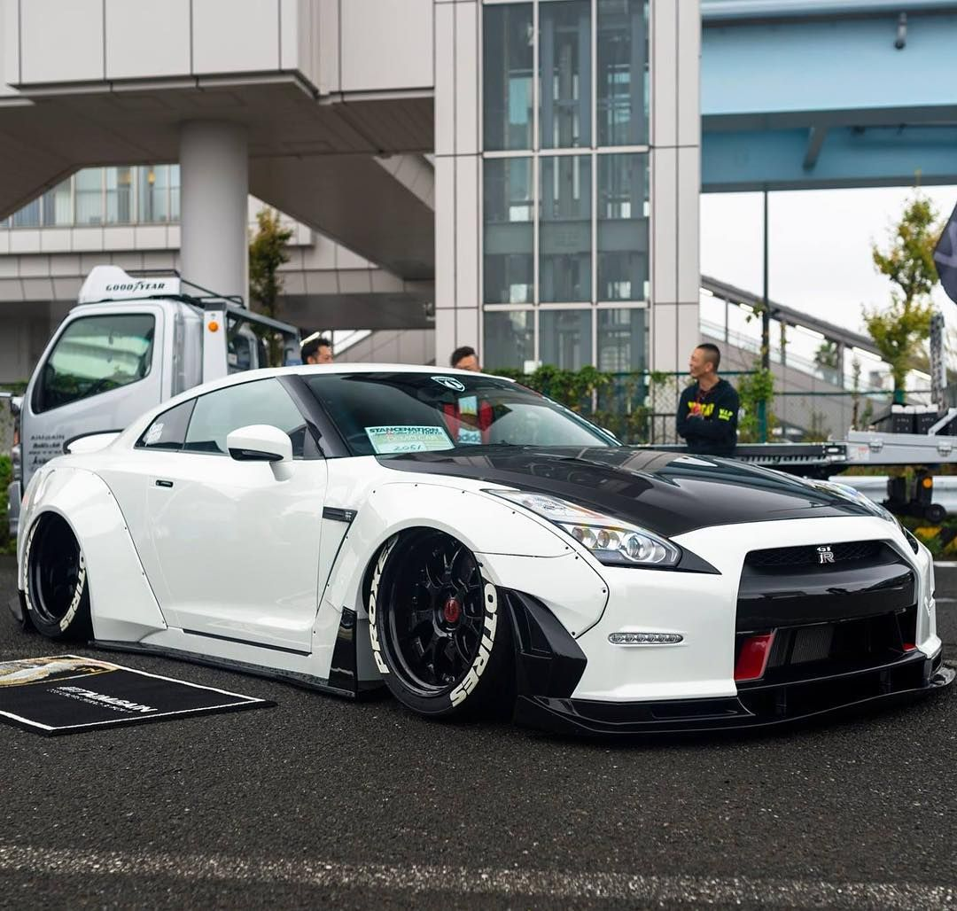 These are THE BEST Cars Image! Just Ultra HD 4K Nissan