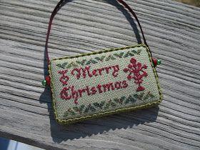 Garden of Stitches: 2012 Christmas Freebie Ornament