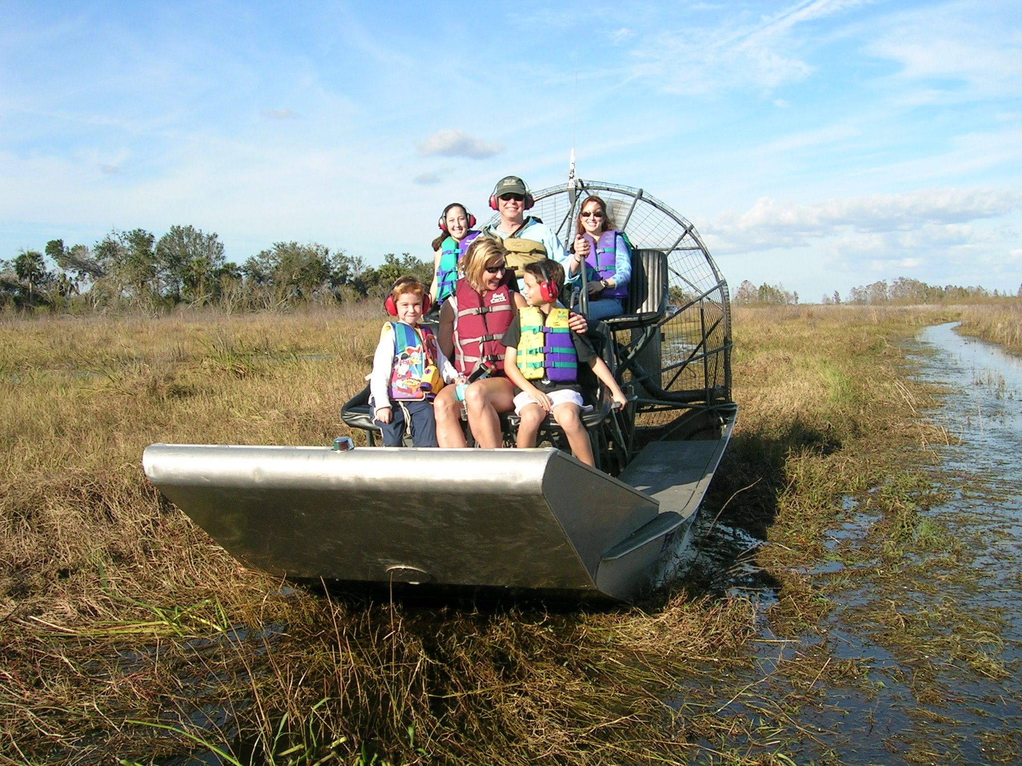 Boggy creek airboat rides airboat rides bass fishing