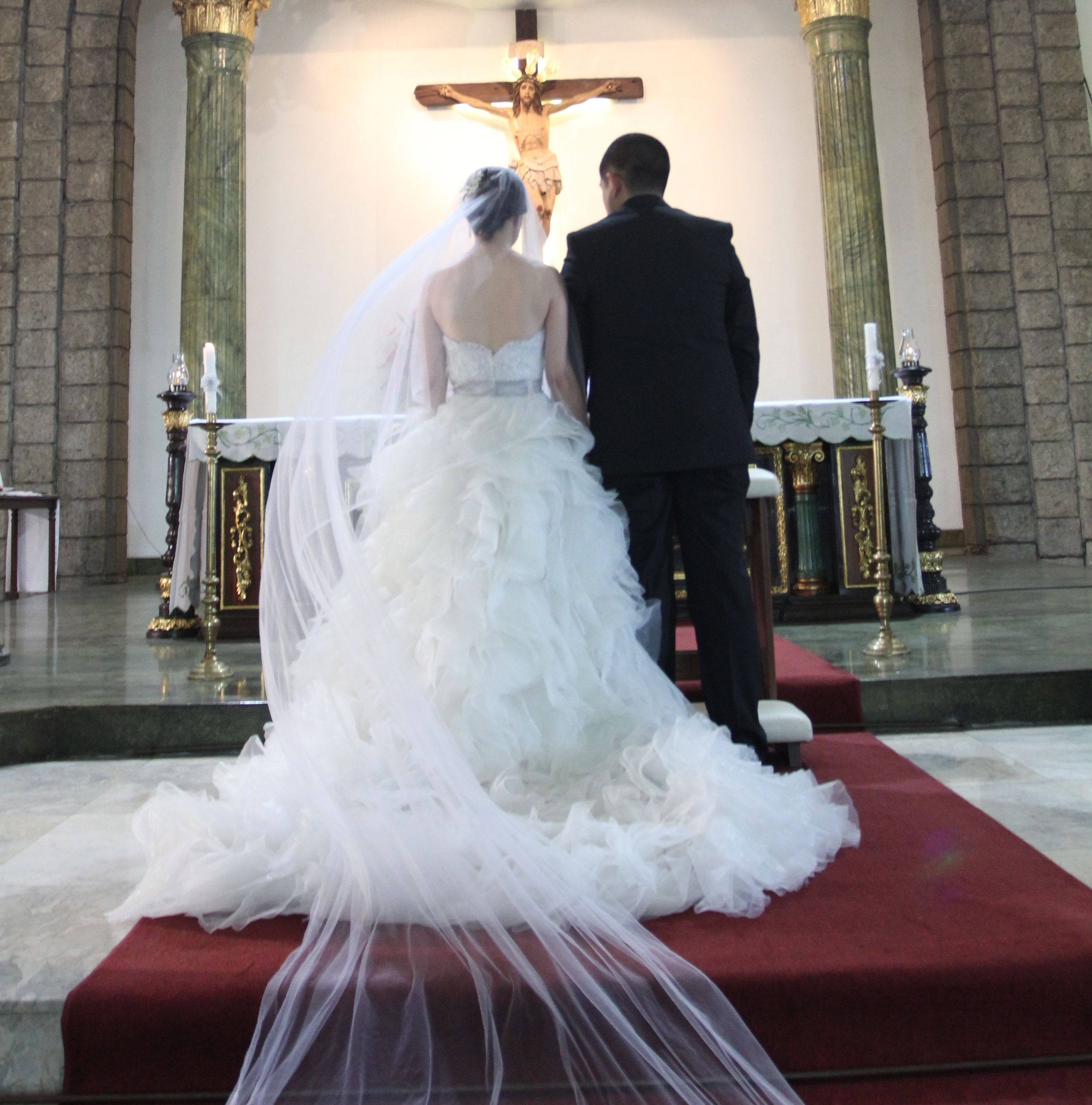 Beautiful Newly Wed Couple In The Church Mrcbride Charissa In Her Wedding Gown Mrcbride Wedding Wedding Gowns Beautiful Wedding Gowns Couture Wedding Gowns