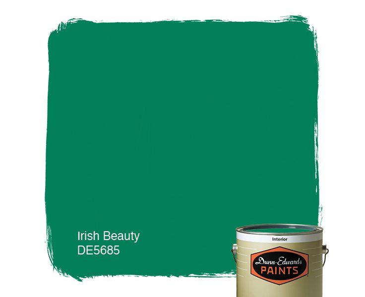 Dunn-Edwards Paints paint color: Irish Beauty DE5685 | Click for a free color sample.
