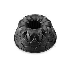 Kaiser Bakeware 9 5 Non Stick Flora Kaisercast Bundform Pan Bed Bath Beyond Cake Pans Bundt Cake Pan Mini Cake Pans