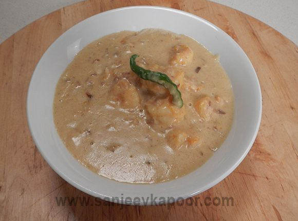 Chingri macher malai curry seafood recipes pinterest curry chingri macher malai curry curry recipesseafood recipessanjeev kapoorcoconut forumfinder Image collections
