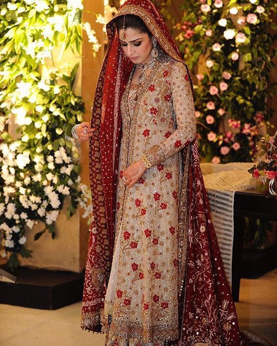 Latest Bridal Gowns Trends Designs Collection 2020 2021 Bridal Gown Trends Pakistani Bridal Dresses Pakistani Dresses