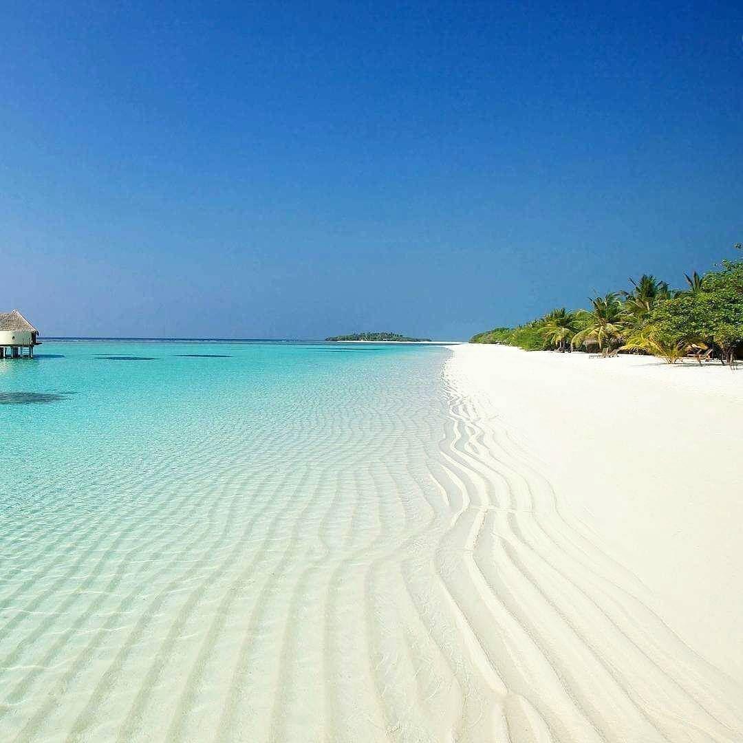 Island Beach Wallpaper: Kanuhuraa Island Resort Maldives