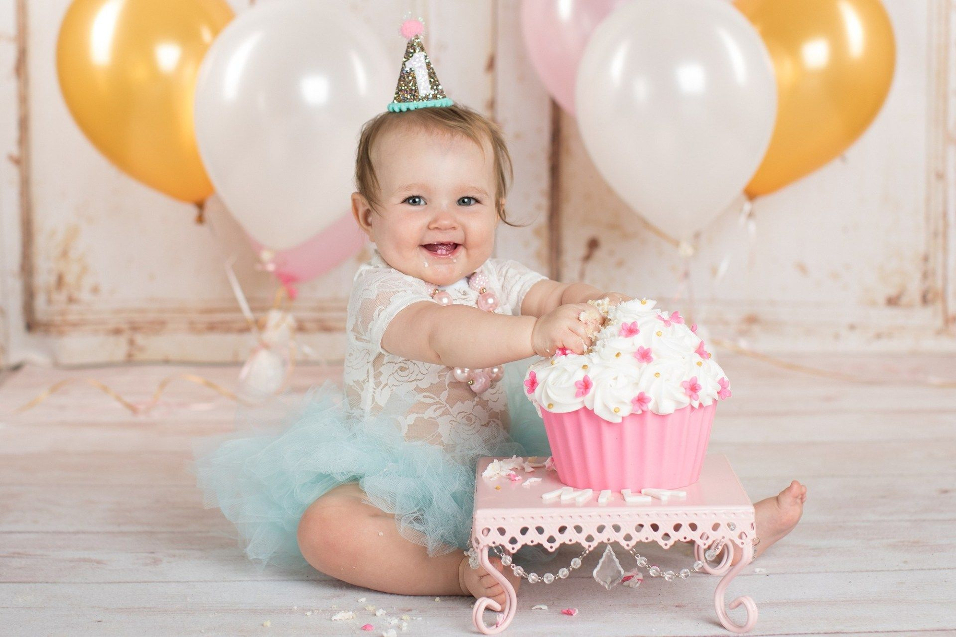 First Birthday Cake Smash Photo Shoot Book An