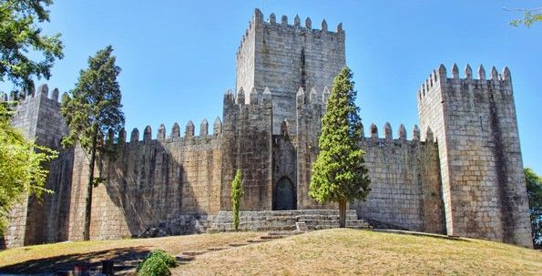 """""""Sim, mas…"""" An introduction to my life in northern Portugal – by Joy Hanford - via Portuguese American Journal 02.03.2015 