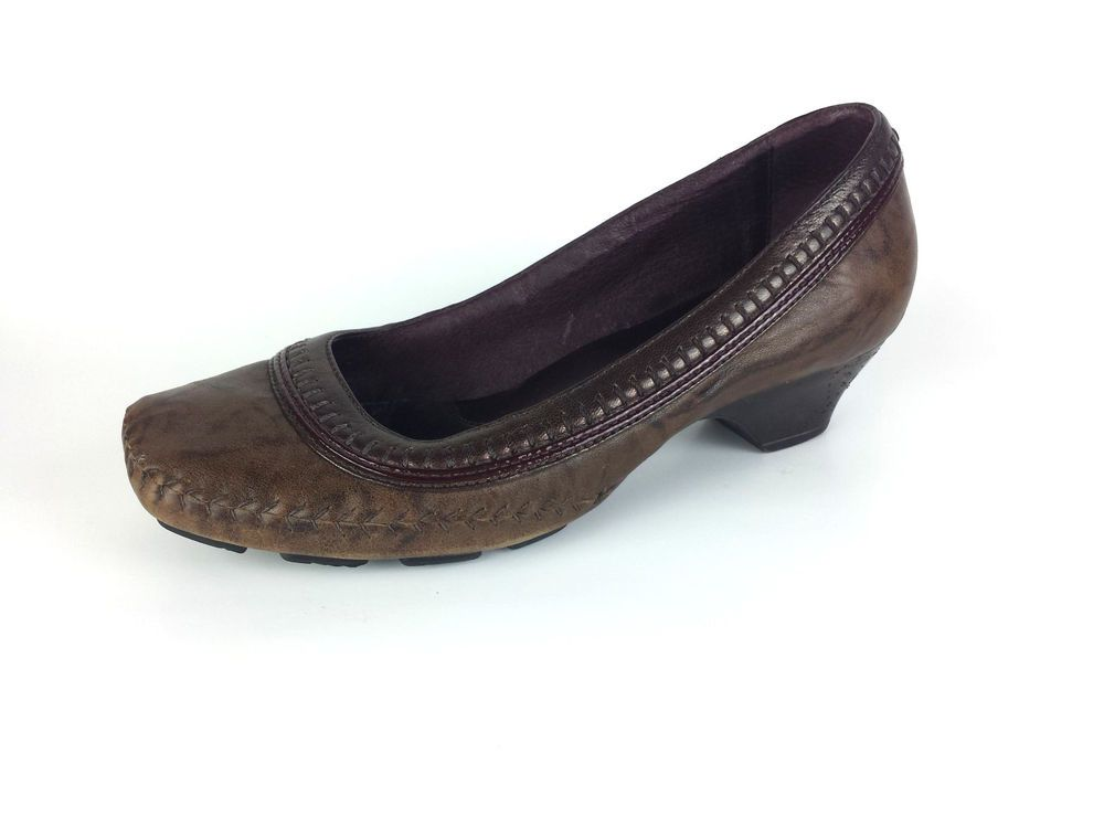Indigo by Clarks Brown Leather Loafer Heels Comfort Shoes Women Size 8 M