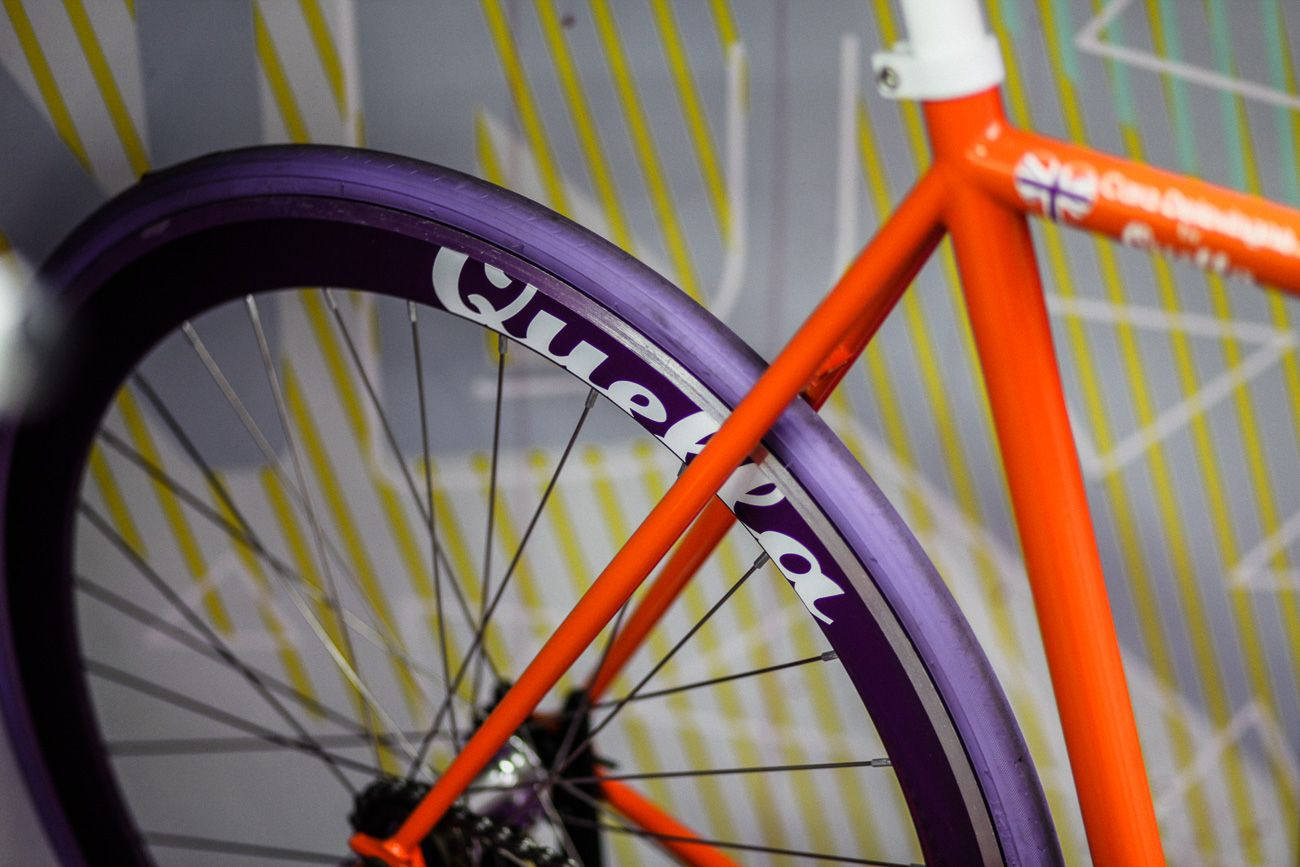 Perfect for those looking for an attractive bike for urban cycling, the Quella pop-up shop was just what commuters need.  #quella #quellabikes #fixie #bike #cycling #bicycle #custombike #urban