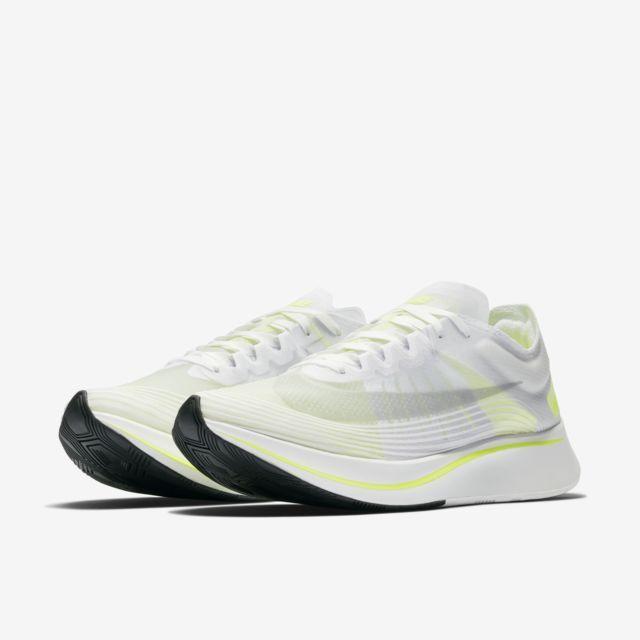 54190cc2c70e Nike Zoom Fly SP Unisex Running Shoe