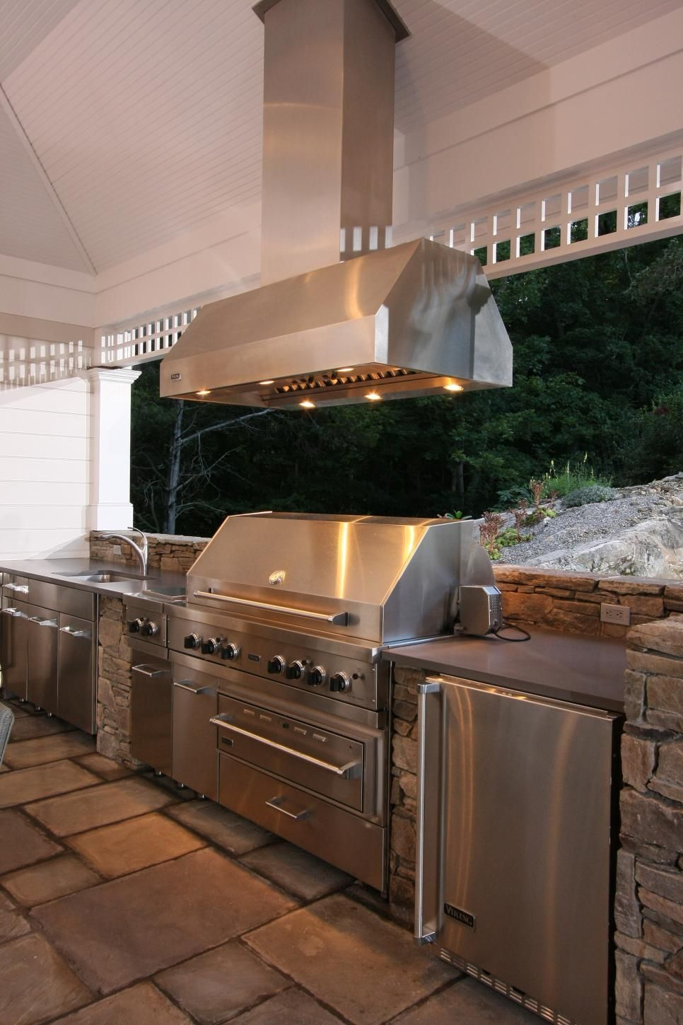 Traditional Cabana With Outdoor Kitchen Outdoor Kitchen Design