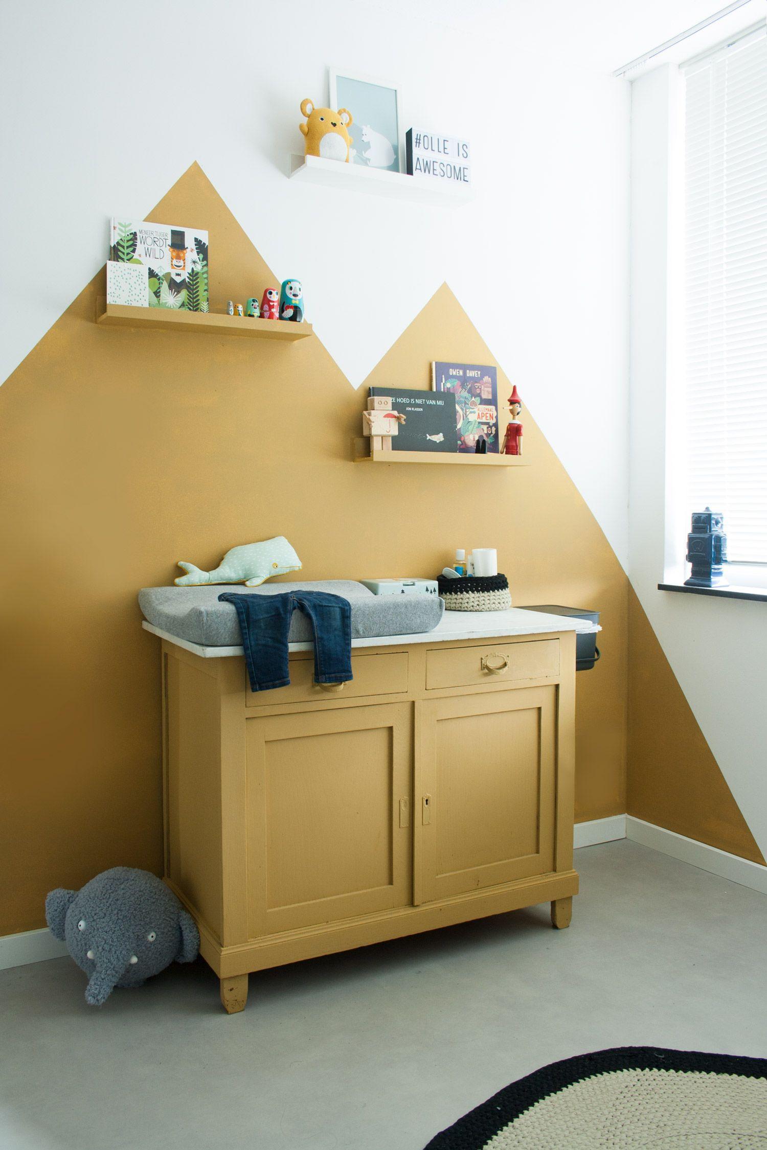 Mooie Baby Slaapkamer.Een Mooie Oker Gele Baby Kamer Kinderkamer Babykamer