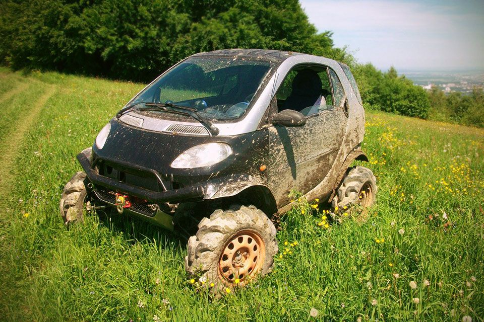 Man Turns 1st Generation Smart Fortwo Into A Capable Off Road