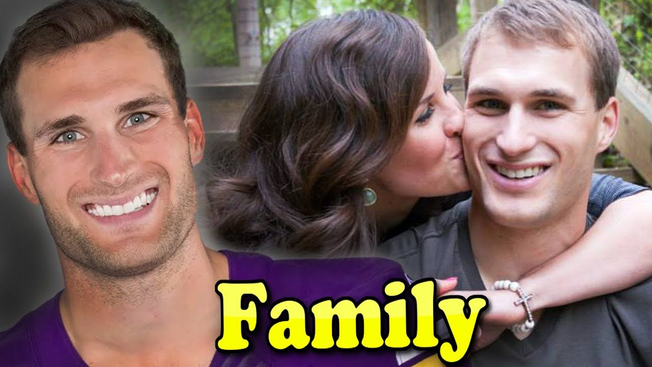 Kirk Cousins Family With Son And Wife Julie Hampton 2020 In 2020 Famous Sports Kirk Cousins Sports Gallery