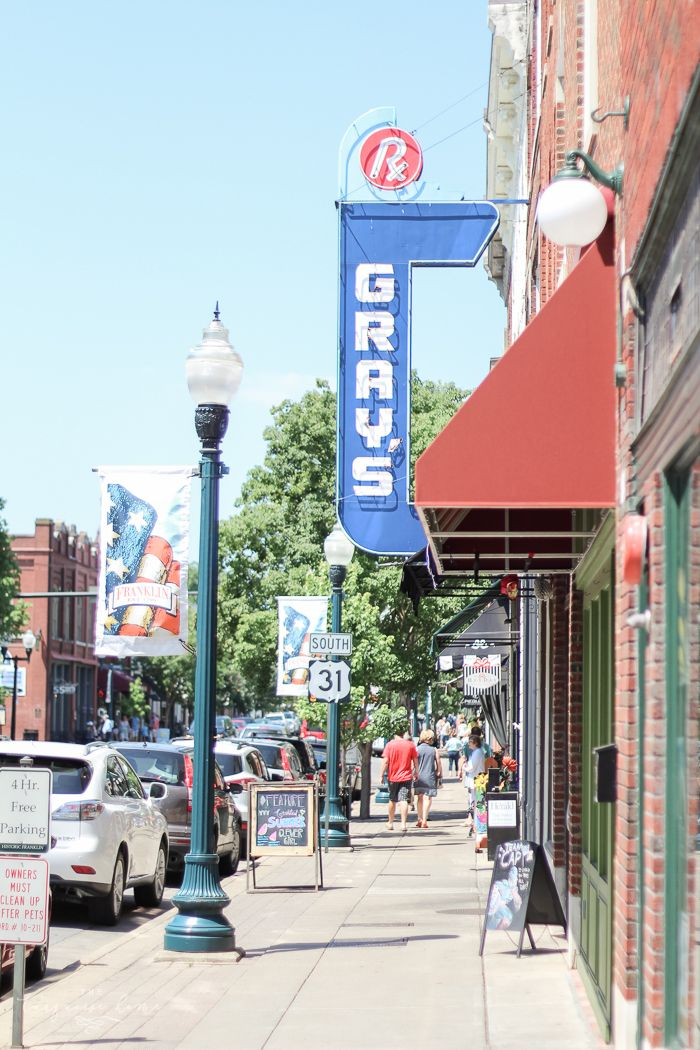 Downtown Franklin Tn >> The Best Spots In Franklin Tennessee Let S Travel