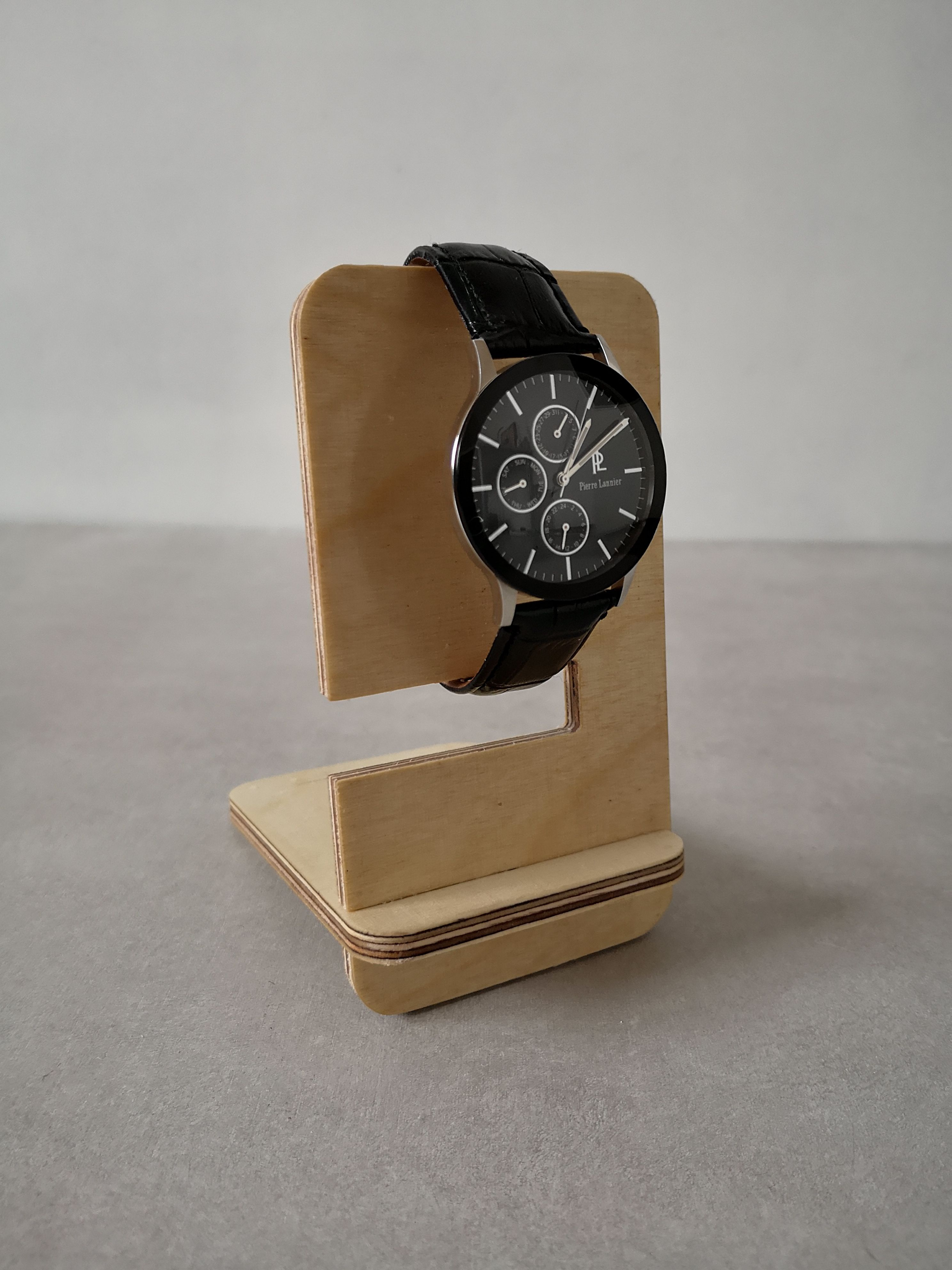 Gorgeous Decor For Your Favorite Watch Bracelet Organizer Holders Display