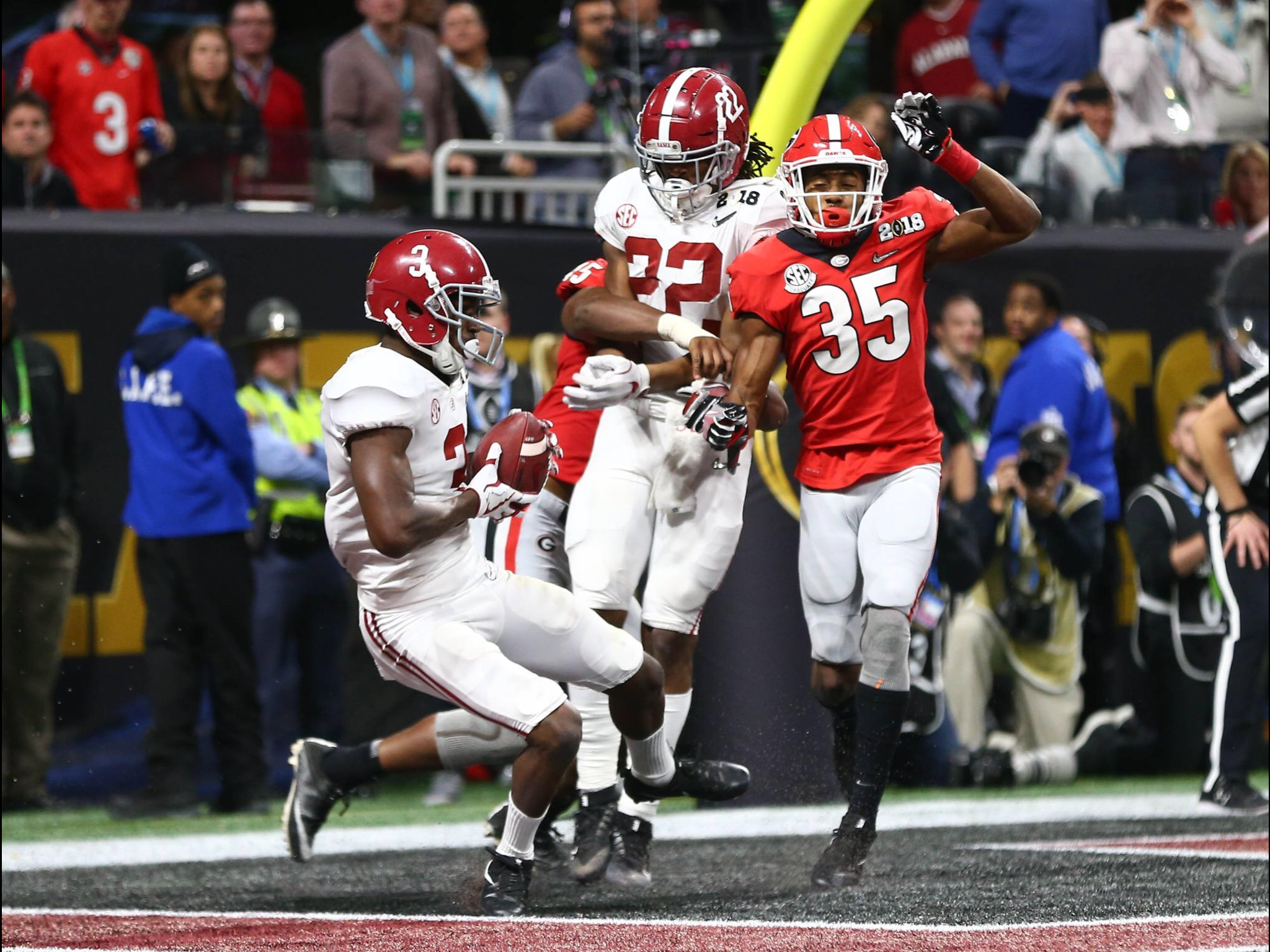 Calvin Ridley Touchdown Usa Today Sports Picture Alabama 26 Georgia 23 In Ot Alabama Rollti Alabama Football Roll Tide Bama Football Alabama Crimson Tide