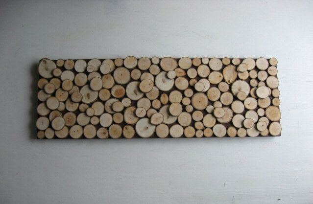 Wood Slice Wall Art Sculpture- could also make this with wine corks.