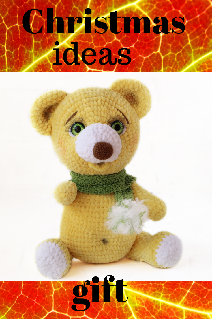 Crochet teddy bear with Christmas gift | Christmas crochet pattern ... | 1102x735