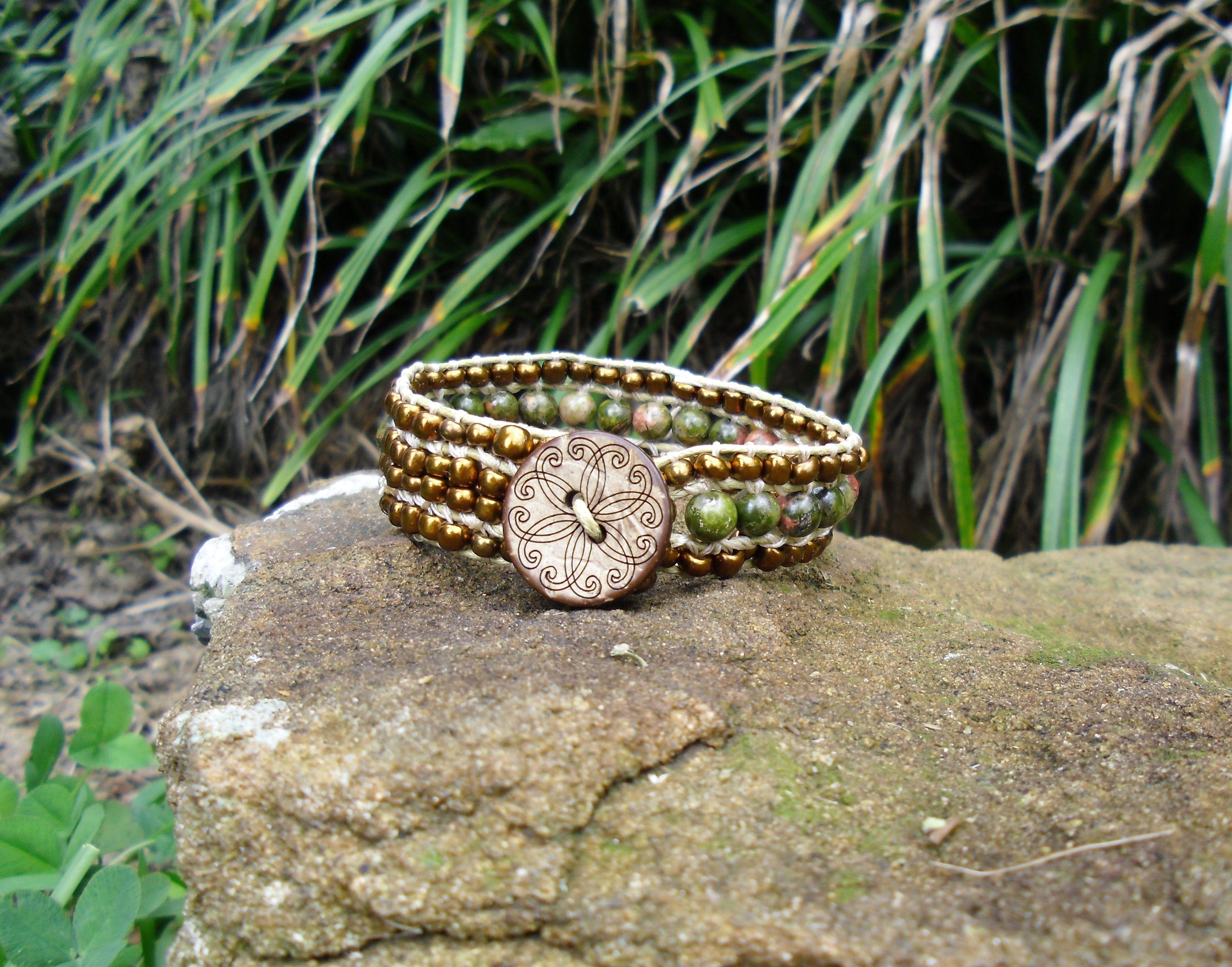 Bronze & Green Wrap Bracelet $12.00 BR174