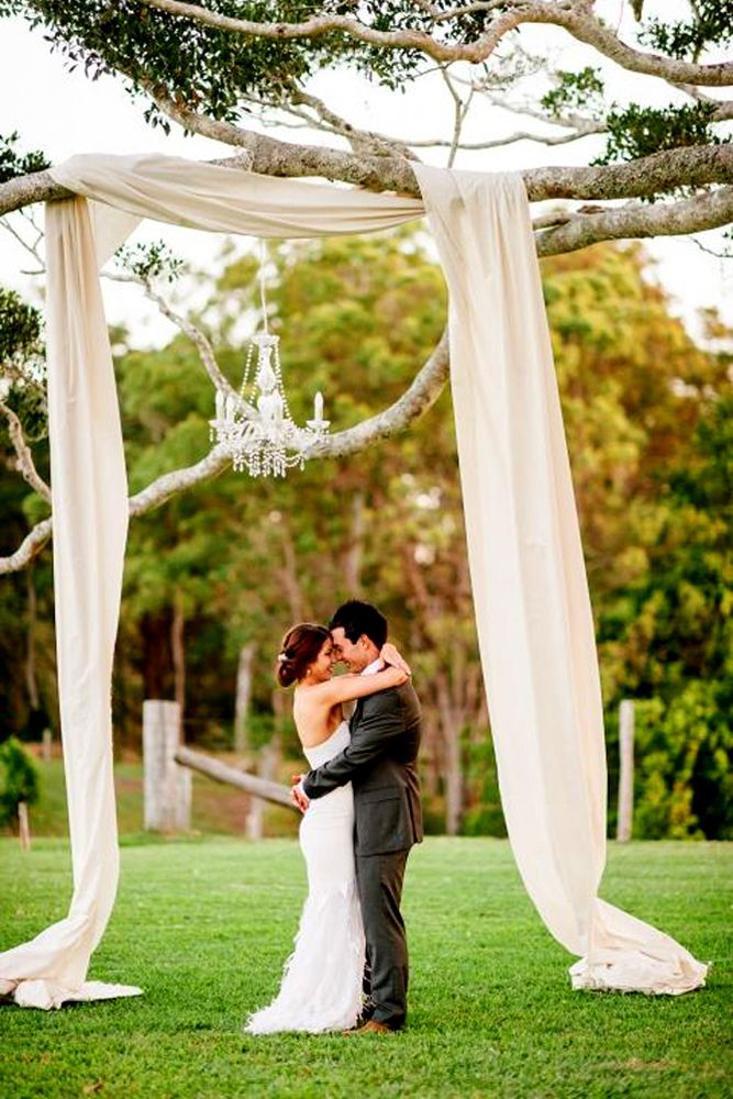 36 Ideas Of Budget Rustic Wedding Decorations Wedding arch rustic Wedding altars Tree wedding