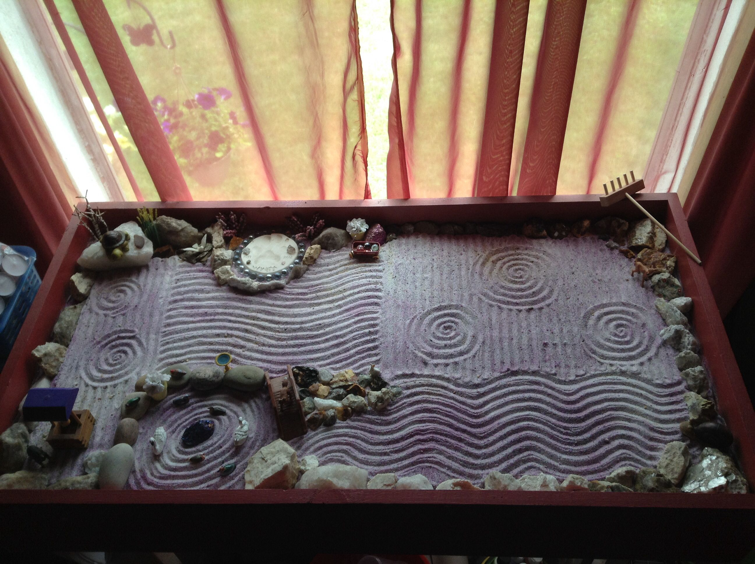 my homemade zen garden. so easy. made from old shelves & plywood