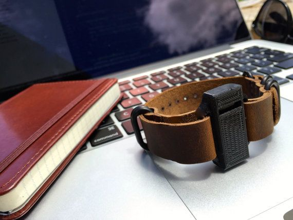 Leather Fitbit Flex Band with Minimalist Case for Men by FlekkCo Now available on Etsy! #fitbit #fitbitflex #flex #fitness #style #professional #flekkco #leather