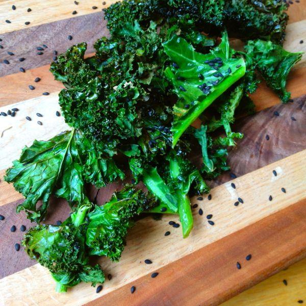 Crispy Kale Chips With Black Roasted Sesame Seeds | Kale