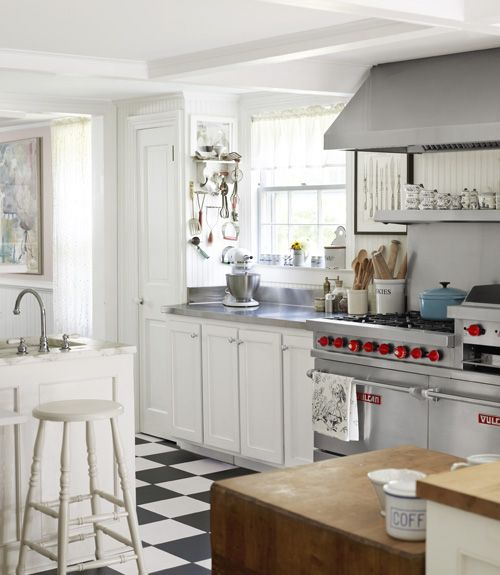 Black And White Kitchen Floor: 100 Country Kitchen Ideas To Inspire The Heart Of Your