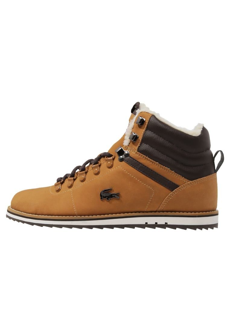 39da9d29 Consigue este tipo de botas con cordones de Lacoste ahora! Haz clic ...