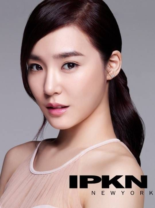 Girls Generation S Tiffany Gives A Close Up Of Her Porcelain Skin For Ipkn Girls Generation Tiffany Snsd Tiffany Ipkn