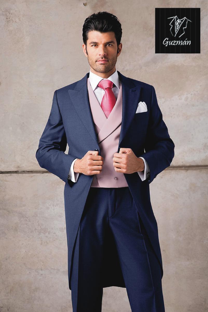 Chaqué azul con chaleco cruzado rosa Esmoquin Azul Marino 1578020081ea