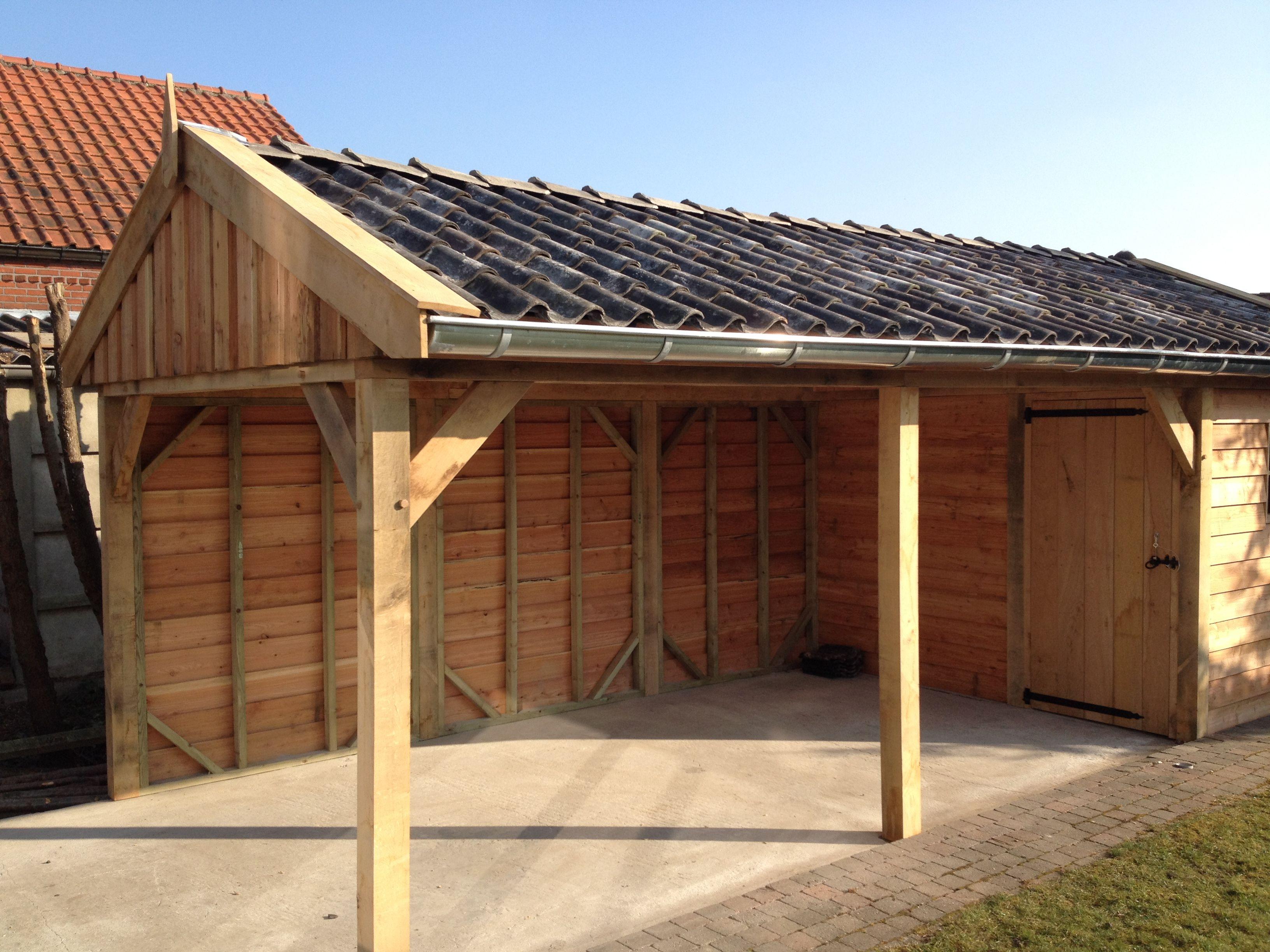 Eiken houten tuinhuis met carport. Houten tuinhuis met carport ...