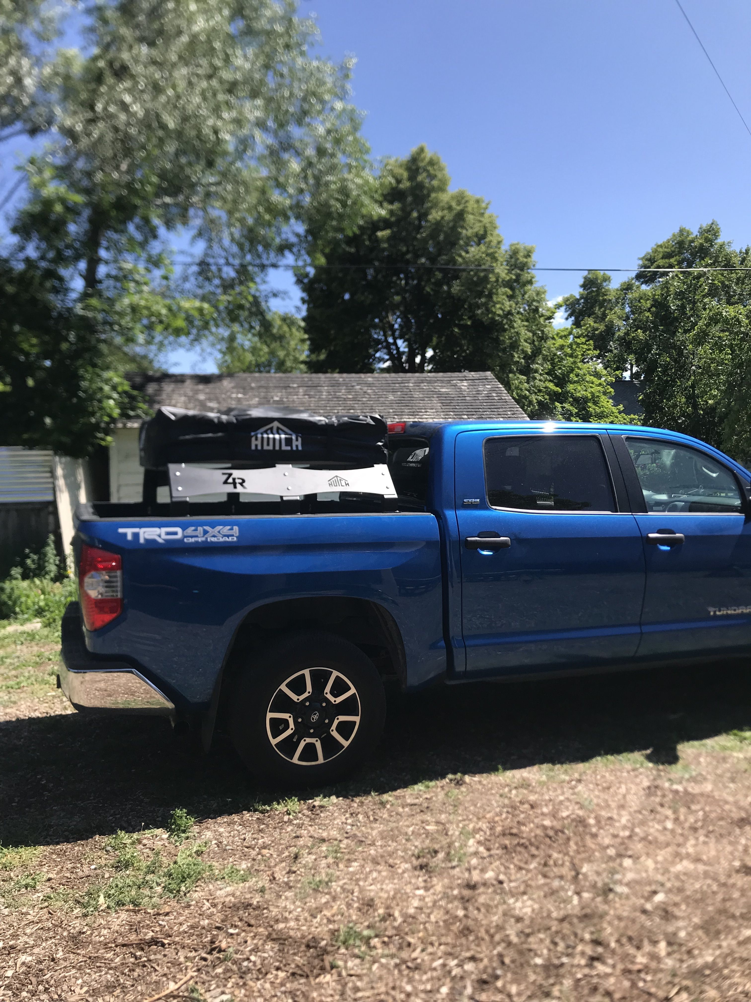 Low Style RTT Universal Truck Bed Rack Roof top tent