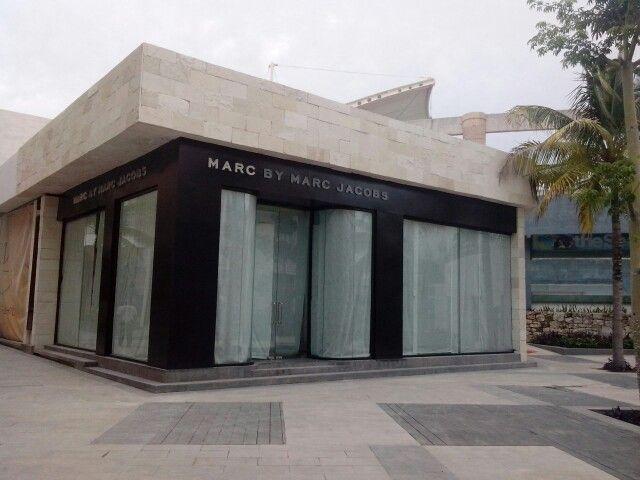 Pre-open #marc jacobs# cancun