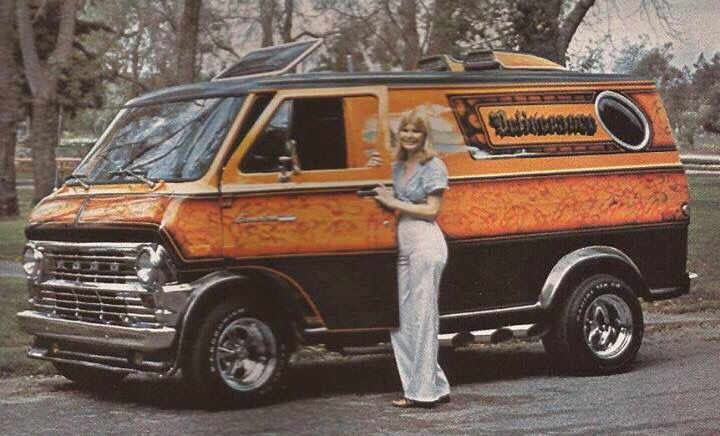 A 1977 Ford Econoline Van The Green Machine Ford Van Cool