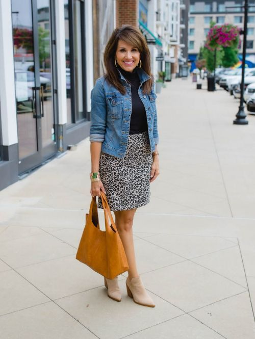 26 Days of Fall Fashion for Women Over 40 - Cyndi Spivey