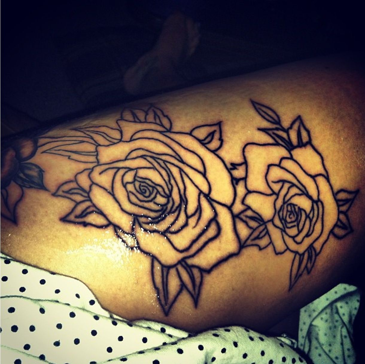 Black Ink Rose Tattoo On Girl Right Hip: New Rose Thigh Tattoo