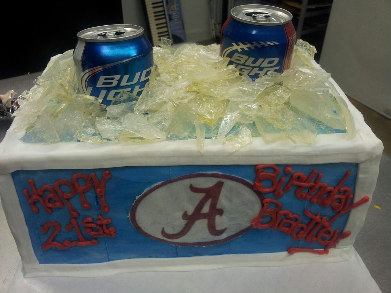 Alabama crimson tide cool box cake with beer cool box