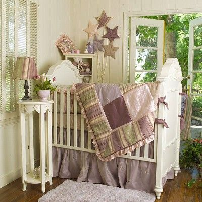 Nava Design Mia Felia 4 Pc Baby Girl Bedding Set