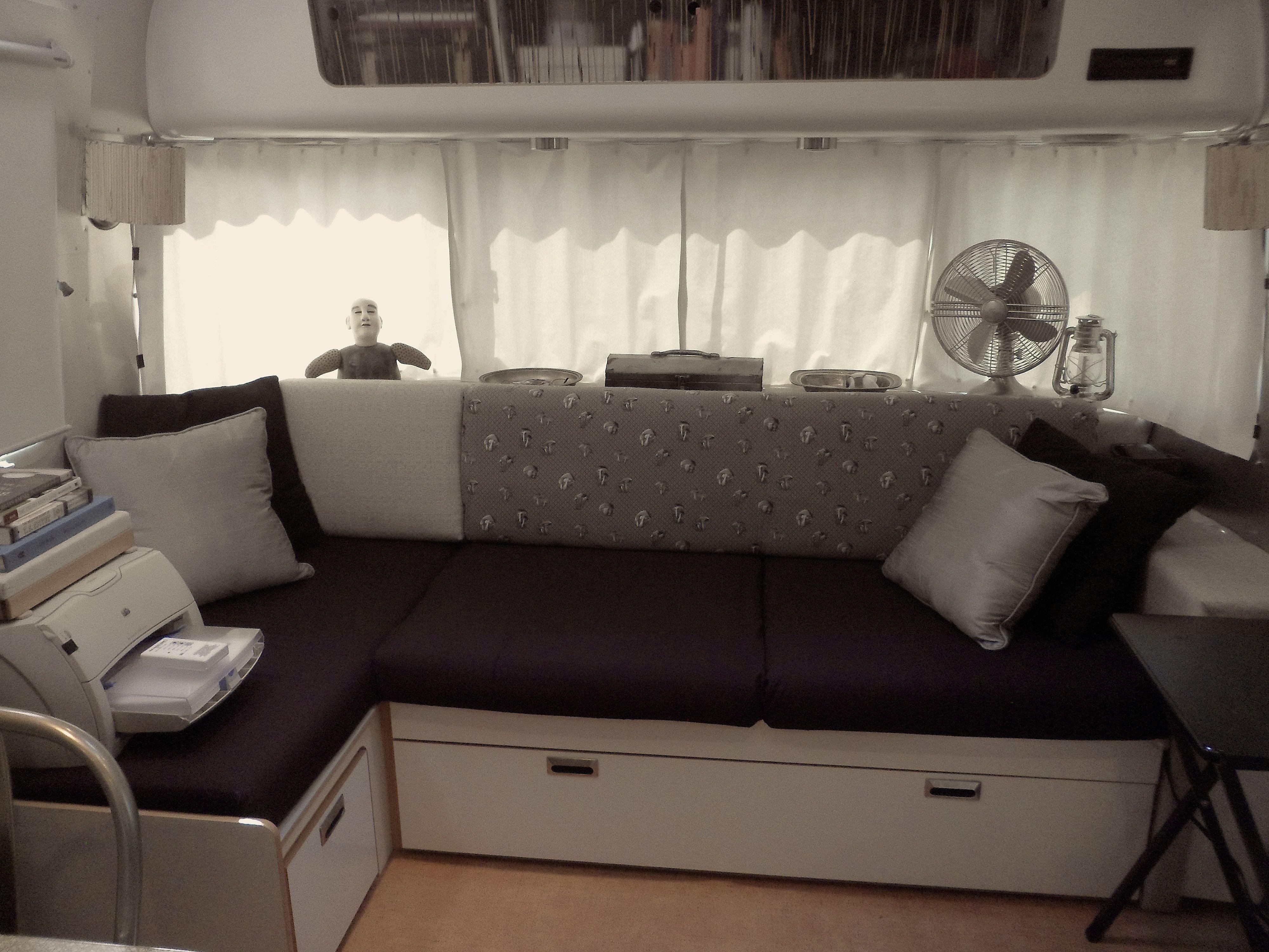 Airstream Interior Gaucho Couch Airstream Pinterest Airstream Interior Airstream And Rv