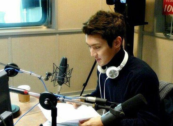 28. Bias at radio show