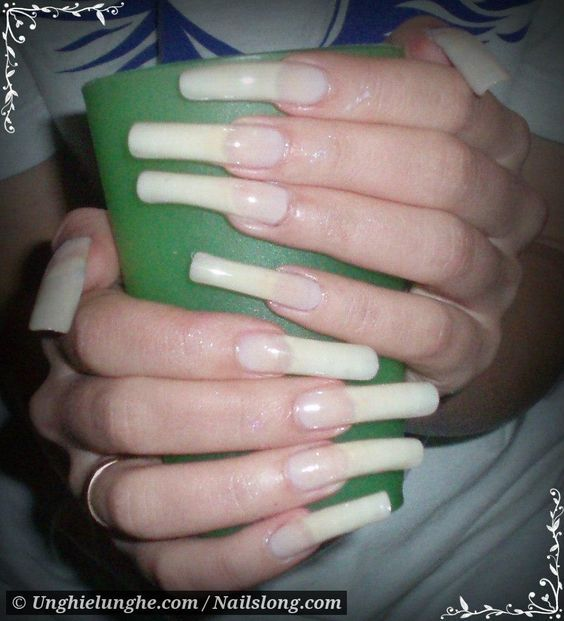 Nailslong.com is another great website for seeing photos of long ...