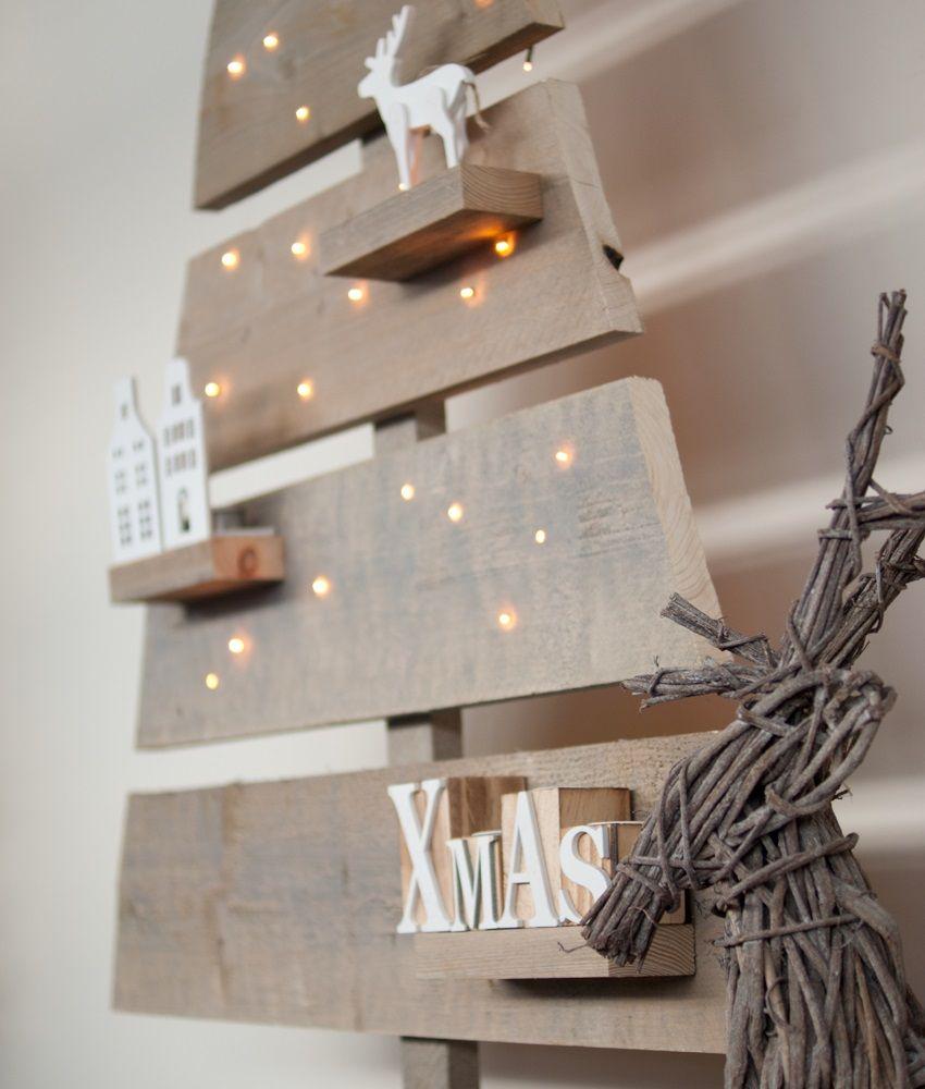 houten kerstboom steigerhout led verlichting interieur tijdens kerst