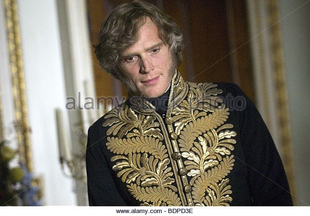 Paul Bettany As Lord Melbourne In Young Victoria 2009 The Young Victoria Victoria Men Sweater