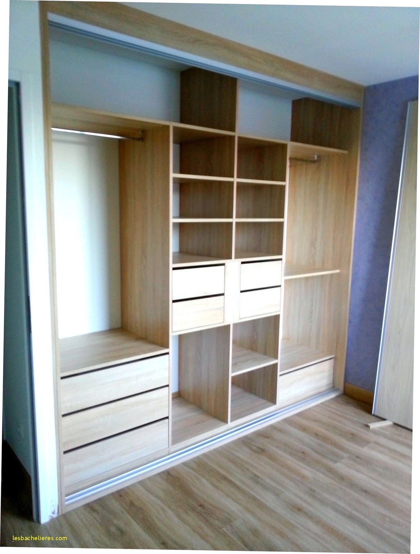 Beautiful Faire Un Dressing Sur Mesure Kayu Bedroom Bedroom Closet Design Closet Layout Wardrobe Furniture