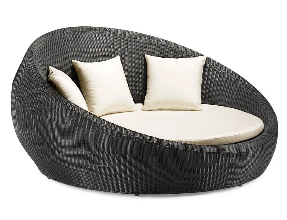 Round Outdoor Sofa Similar To One Featured In Asla Award Winner