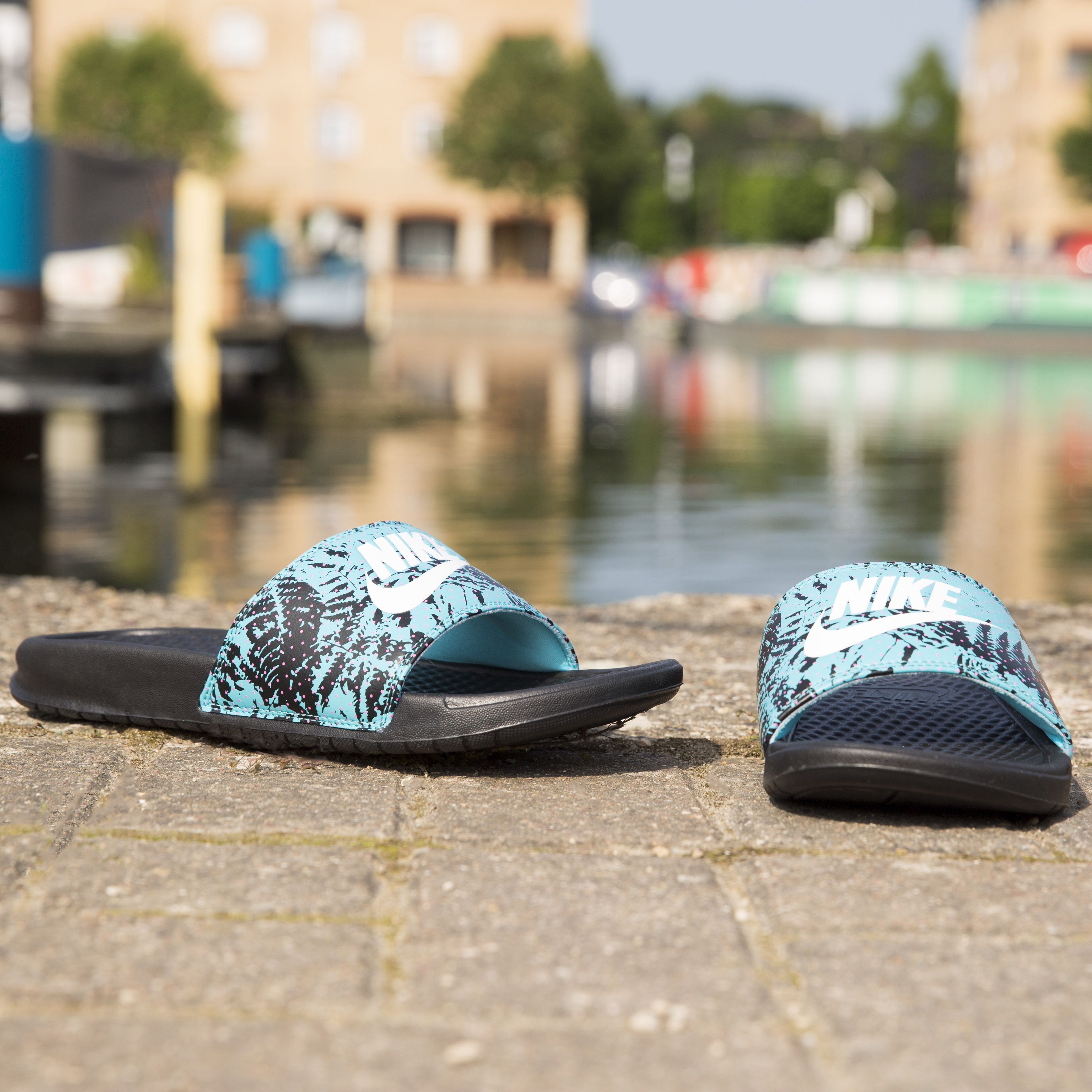 new style 902f3 0099f Waiting to slip into summer  These blue tropical print pool slides are the  answer ☀️