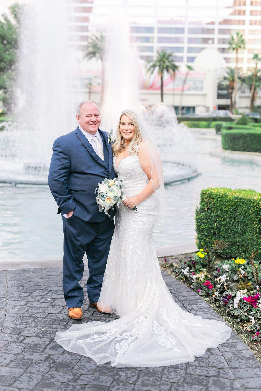Caesars Palace Wedding in Vegas in 2020 Palace wedding