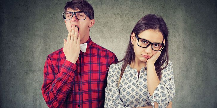 31 Signs That a Guy Doesnt Like You Back - How to Know If